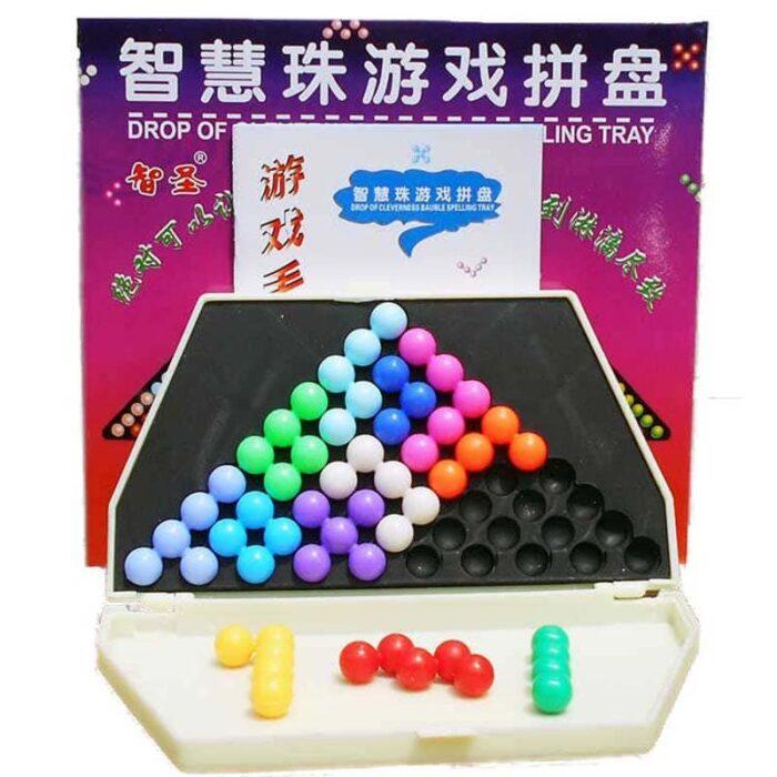 Логическа игра с топчета пирамида подреждане на елементи