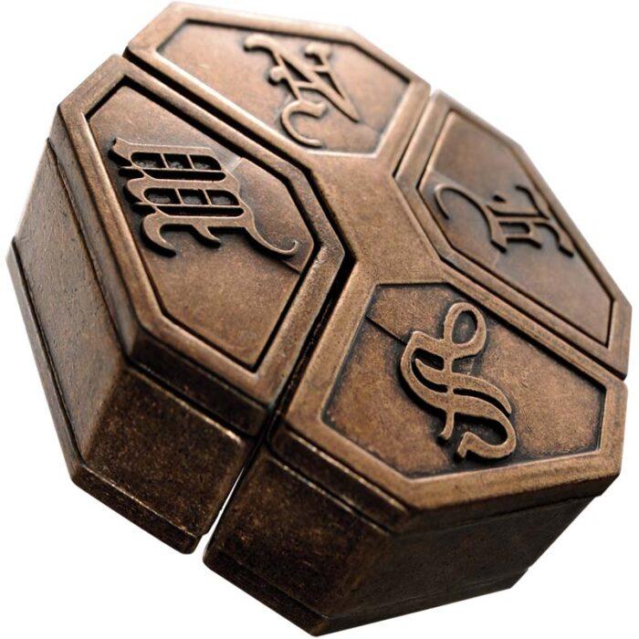 Логически метален пъзел News Cast Huzzle Събран