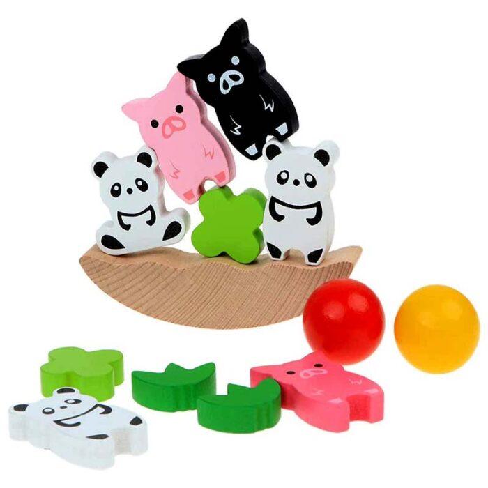 Балансираща игра с животни всички елементи
