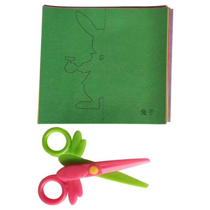 Фигурки от хартия (комплект за изрязване) листове и ножици