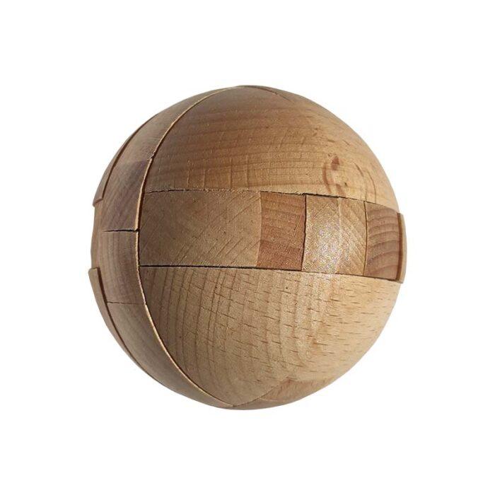 Дървена фигура Топка 1